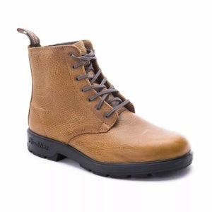 Lace up blundstone 10